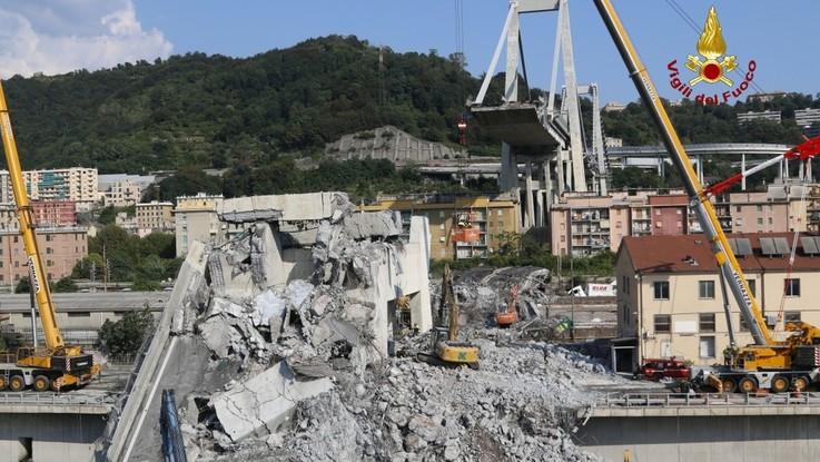 Genova, Mit e Autostrade nel mirino. Pressing per dimissioni Ferrazza