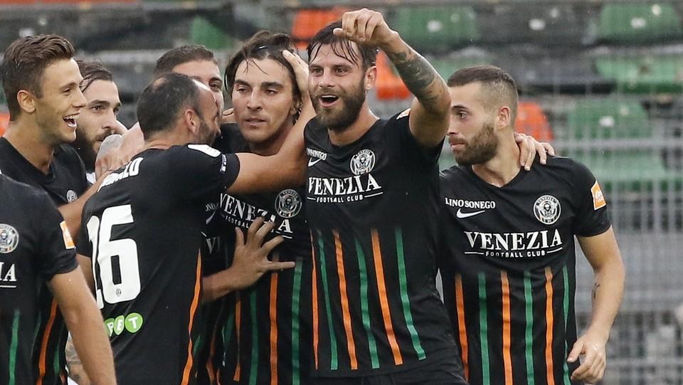 Venezia  vs Spezia 1-0 - L'esultanza del Venezia dopo il gol di Bentivoglio ©Paola Garbuio/LaPresse