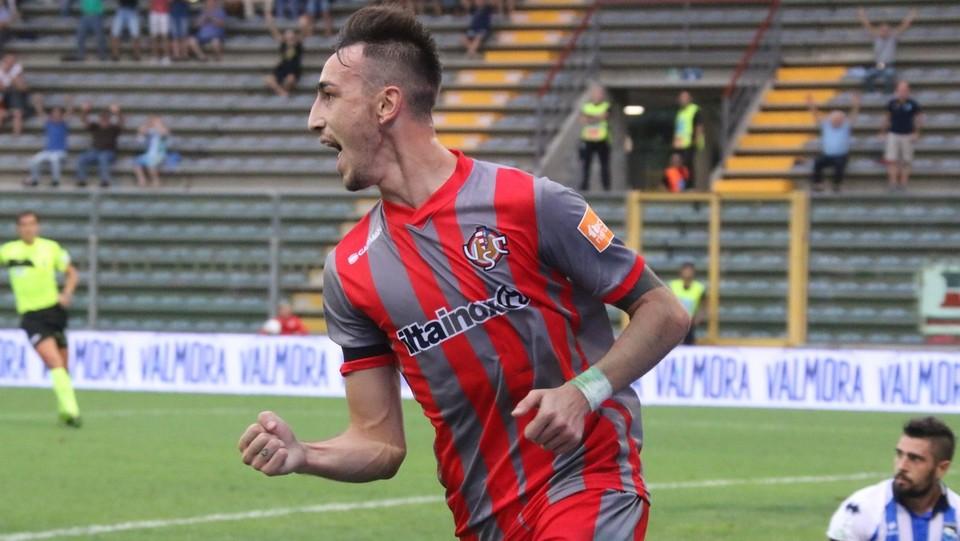 Cremonese-Pescara 1-1 - L'esultanza di Castrovilli dopo il gol ©Raffaele Rastelli/LaPresse
