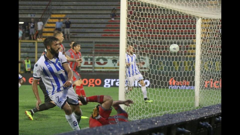 Cremonese-Pescara 1-1 - Il pareggio del Pescara segnato da Mancuso ©Raffaele Rastelli/LaPresse