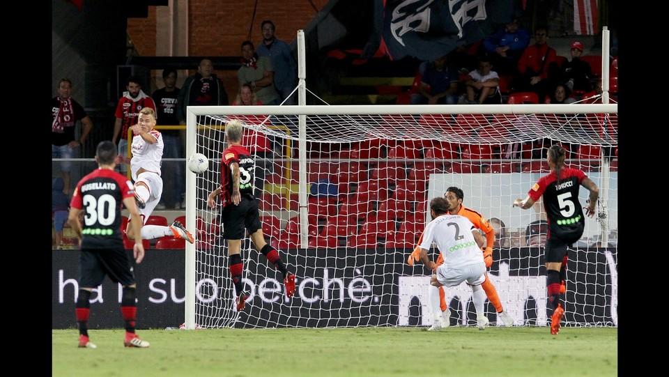 Foggia - Carpi 4-2 - Il gol di Camporese (1-0) del Foggia ©Donato Fasano/Lapresse