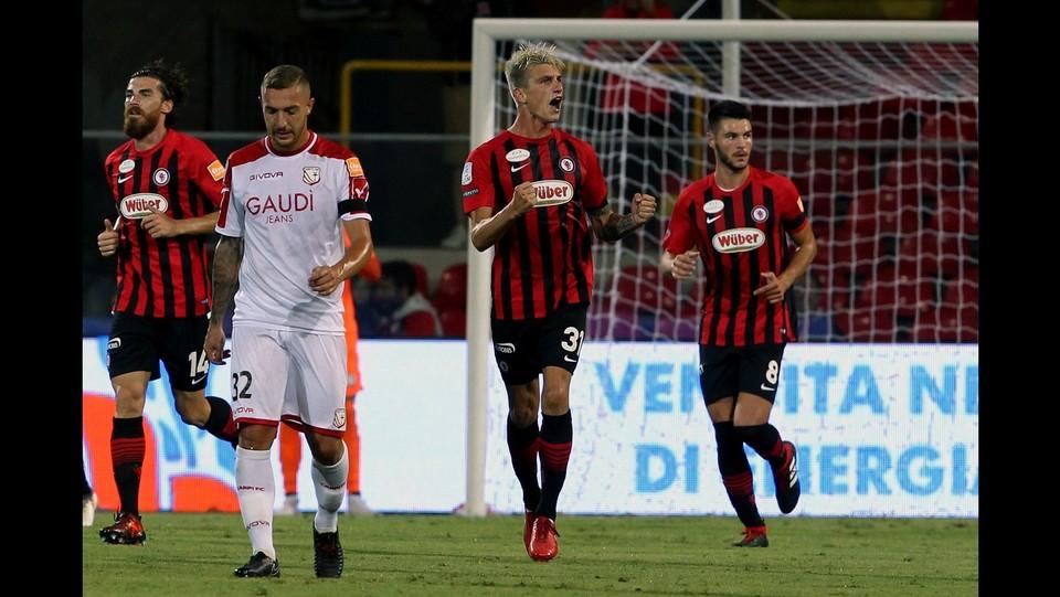 Foggia-Carpi 4-2 - Camporese esulta dopo il suo gol ©Donato Fasano/Lapresse