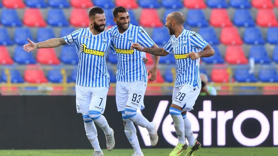 Antenucci esulta con i compagni dopo il gol ©Massimo Paolone/LaPresse