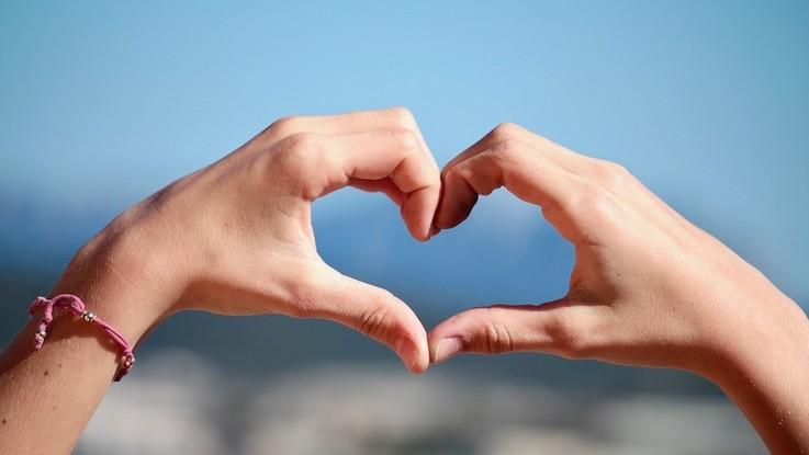 L'oroscopo di domenica 26 agosto, Leone: grandi progetti in amore