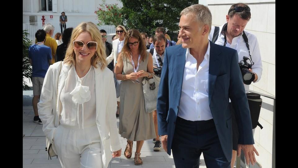 Christoph Waltz e Naomi Watts ©
