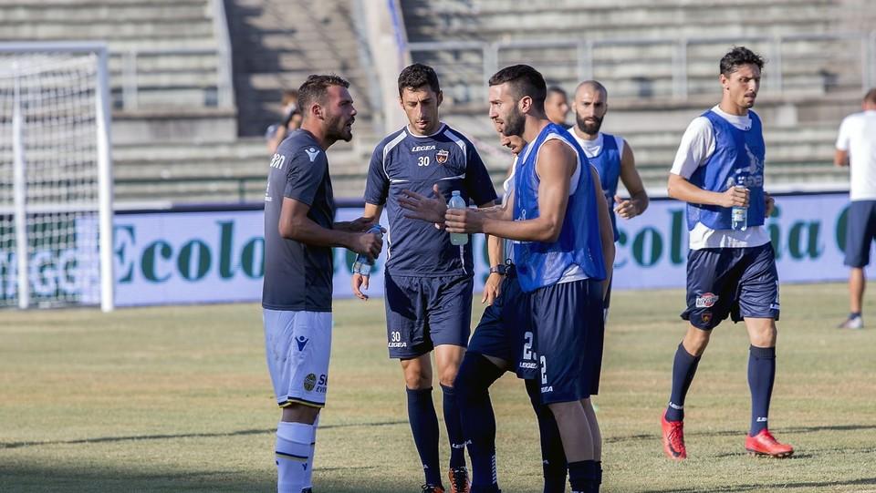 Cosenza vs Hellas Verona - Serie BKT 2018/2019 - RINVIATA ©Francesco Arena/LaPresse