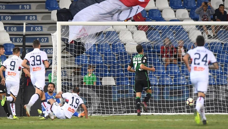 Pandev accorcia per il Genoa: 5-2 ©Massimo Paolone/LaPresse