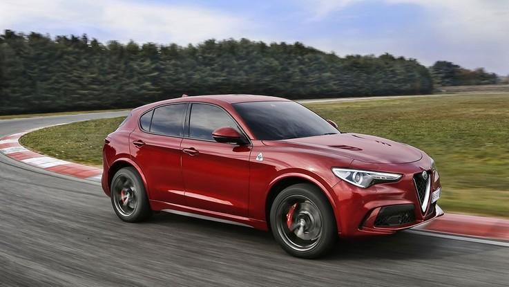 Alfa Romeo, Stelvio Quadrifoglio suv dell'anno 2018 per 'Auto Zeitung'