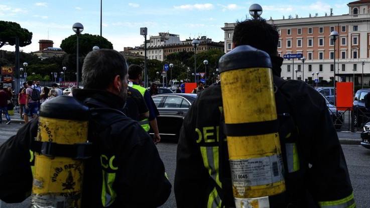 Roma, esplode villino a schiera a Santa Marinella: un morto