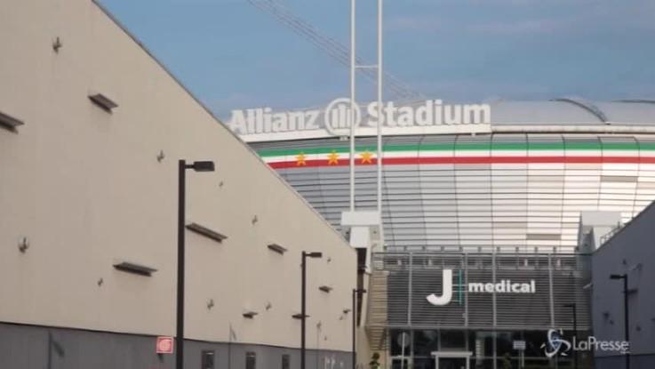 Ronaldo alla Juve, notte davanti allo Stadium per decine di tifosi