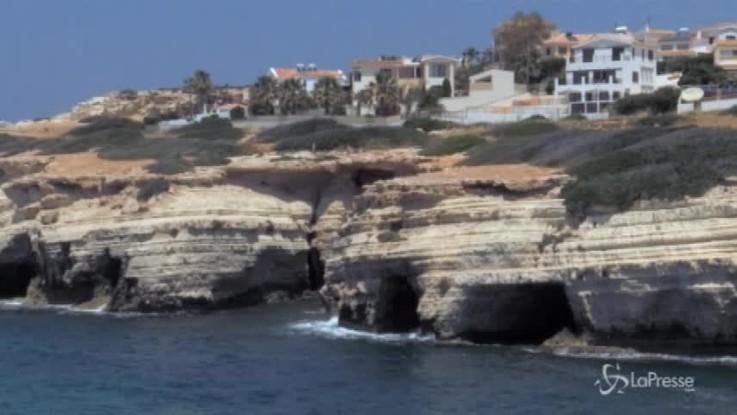 Barcone affonda al largo di Cipro, almeno 19 morti