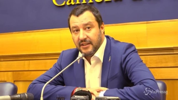 """Libia, Salvini: """"Sabilizzazione ha bisogno di cautela e rispetto"""""""