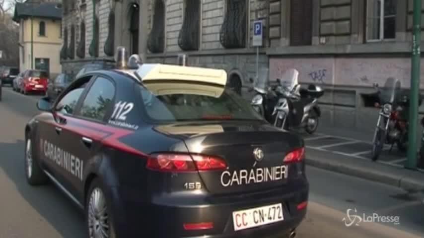 Stuprò una 20enne a Milano: arrestato tassista abusivo