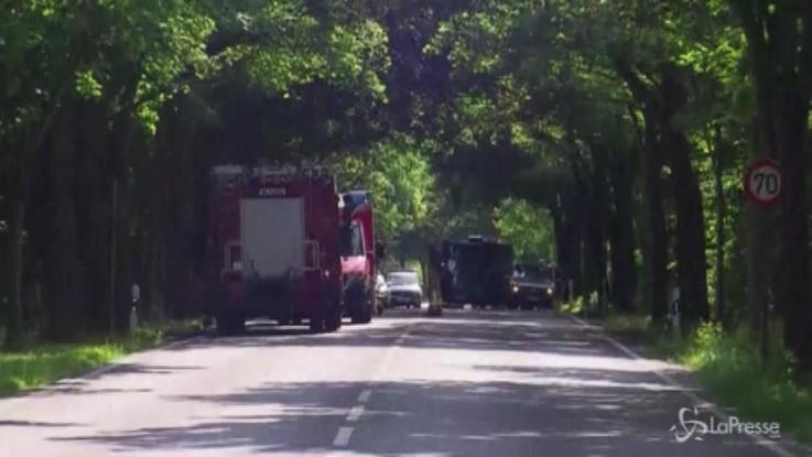 Lubecca, attacco con coltello su un bus: diversi feriti