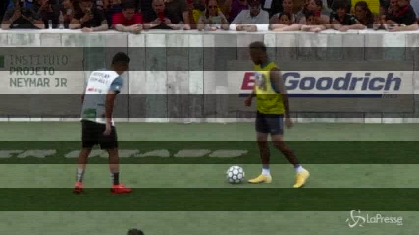 Neymar incanta durante la finale del Neymar'Jr Five