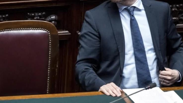 Fontana annuncia lo stop al riconoscimento figli di coppie gay