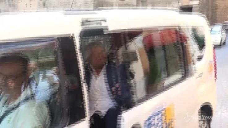 """Grillo: """"La democrazia è superata"""""""
