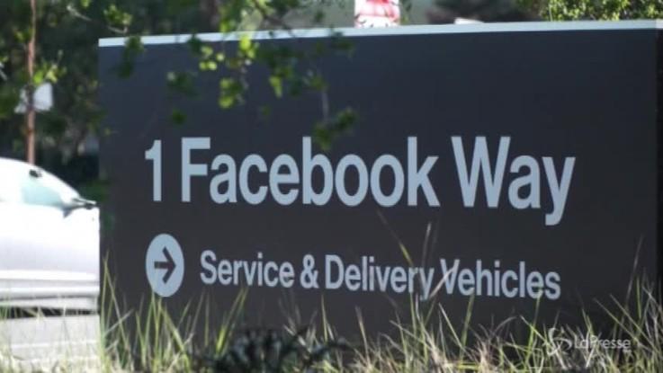 Facebook, causa contro il social per crollo in Borsa