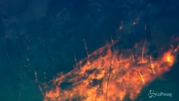 Incendi in California: 38mila persone in fuga