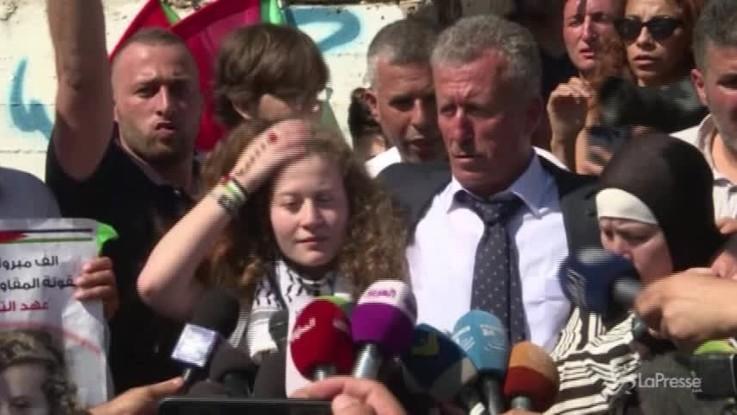 """Rilasciata 17enne palestinese Ahed Tamimi: """"La resistenza continua"""""""