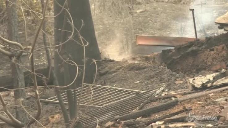 California, gli effetti devastanti dell'incendio