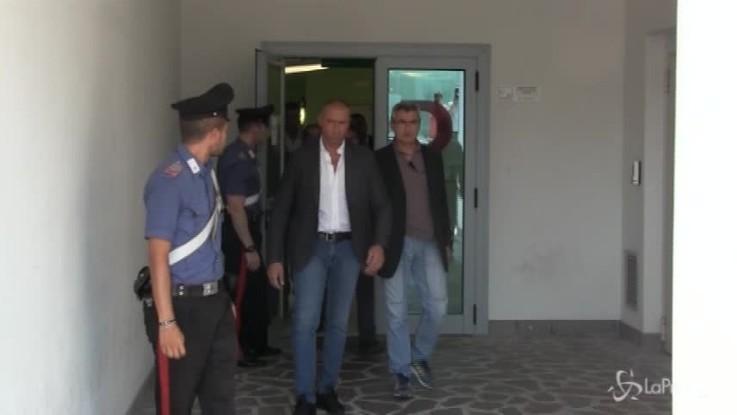 Nomine Rai, Berlusconi non risponde alle domande su Foa