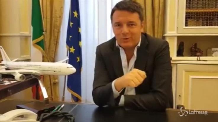 """Renzi: """"Su aereo solo bufale e propaganda M5S. La doccia? Spero la usino"""""""