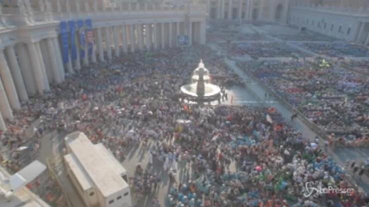 Vaticano, 60mila ministranti invadono San Pietro