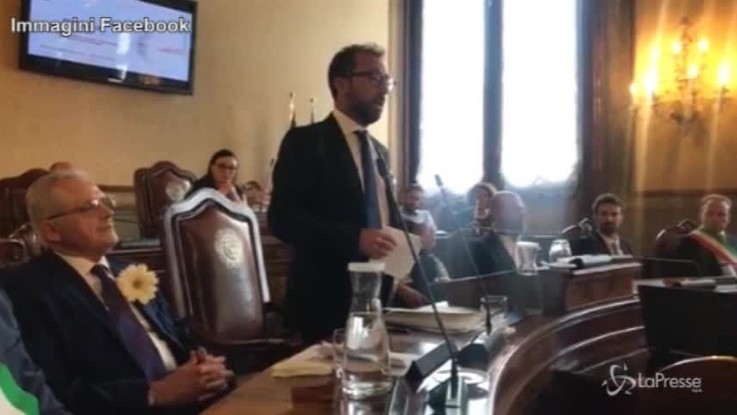 """Strage di Bologna, Bonafede: """"Tutti gli atti saranno pubblici"""""""