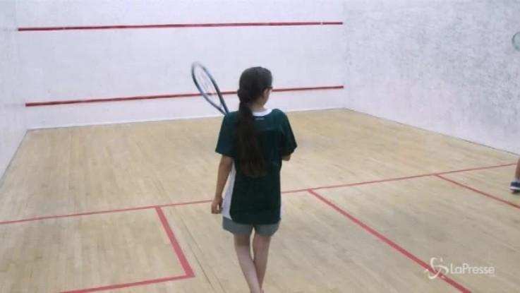 Rifugiate siriane vincono torneo di squash a Hong Kong