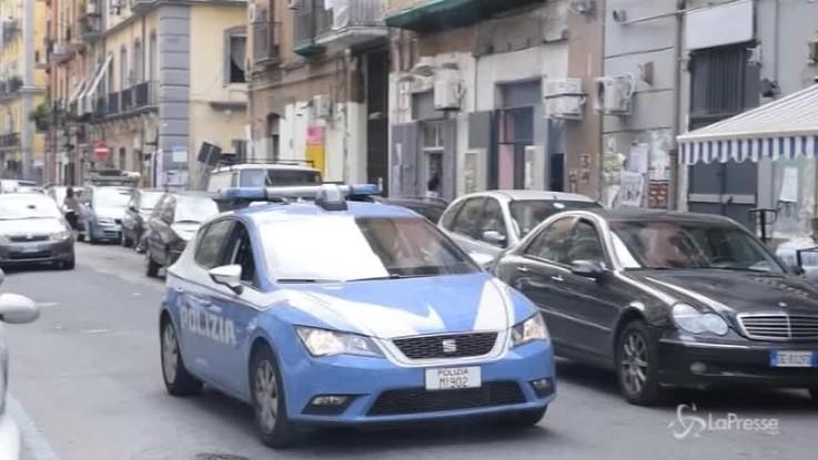 Napoli, aperto il fuoco contro un ambulante