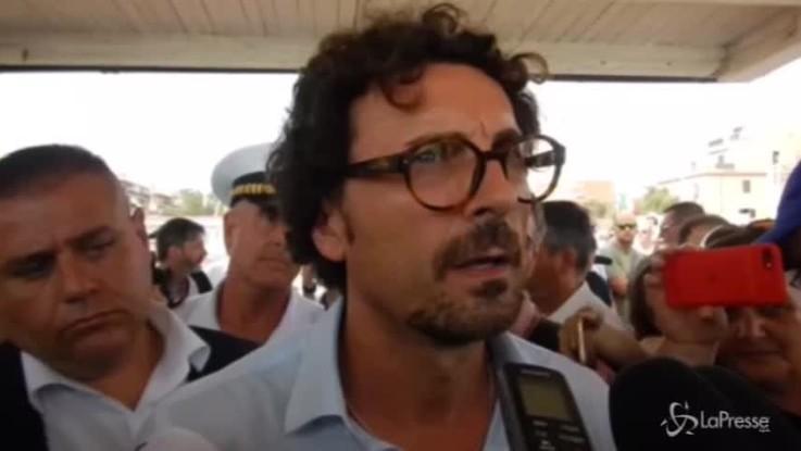"Bologna, Toninelli: ""Solidarietà a parenti e vittime"""