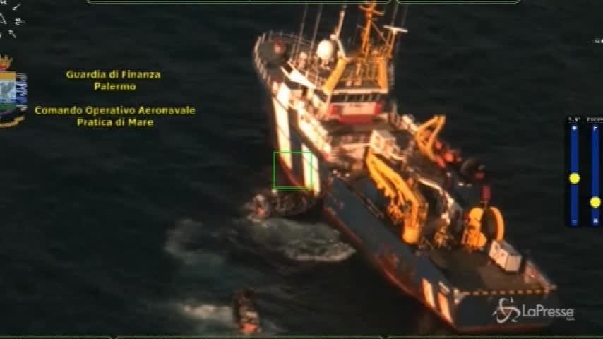 Palermo, bloccata nave carica di hashish