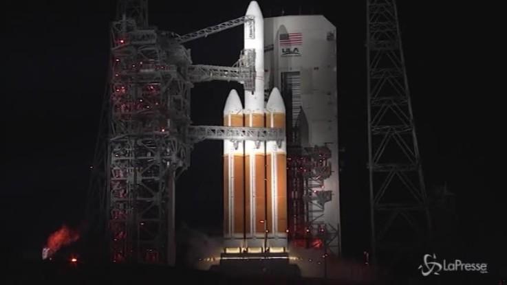 Mai così vicini al Sole: il lancio della sonda Parker della Nasa