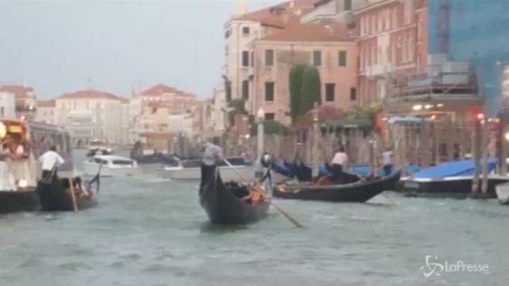 Maltempo, bufera su Venezia