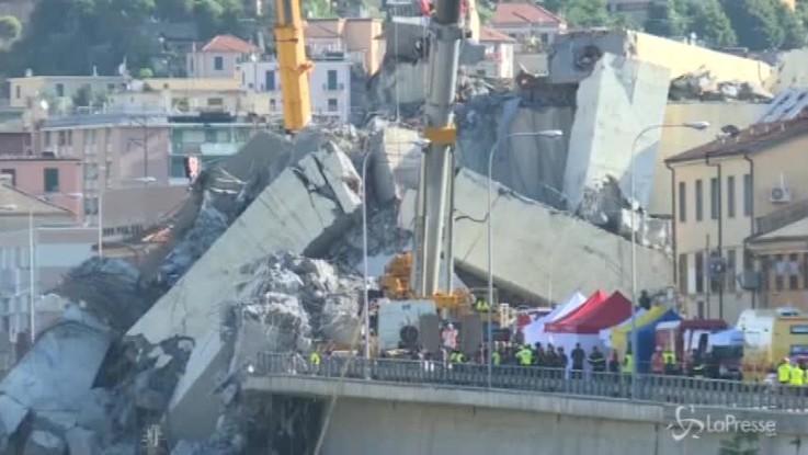 Genova, 39 vittime. Autostrade sotto accusa