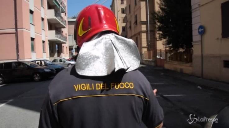 Genova, nella desolazione della zona rossa tra vigili ed evacuati