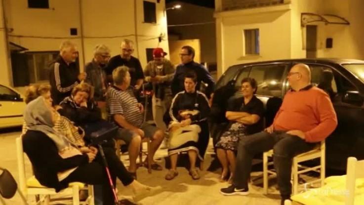 Terremoto Molise, la gente trascorre la notte in strada