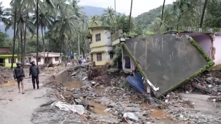 Alluvioni in Kerala, i morti sono oltre 370