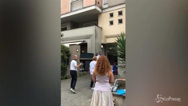 """Genova, prime case agli sfollati: """"Abbiamo visto il disastro in diretta"""""""