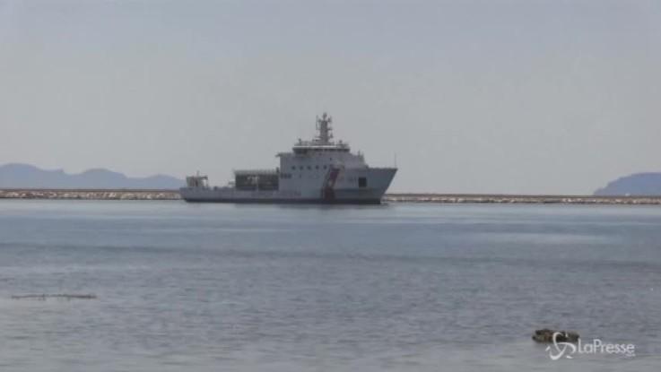 La Diciotti verso Catania, ma i migranti non sbarcheranno