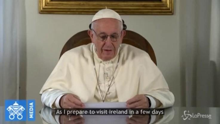 """Papa Francesco: """"Sono emozionato al pensiero di tornare in Irlanda"""""""