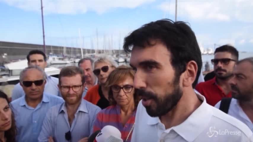 """Diciotti, Martina: """"Governo incapace tiene in ostaggio 177 persone"""""""