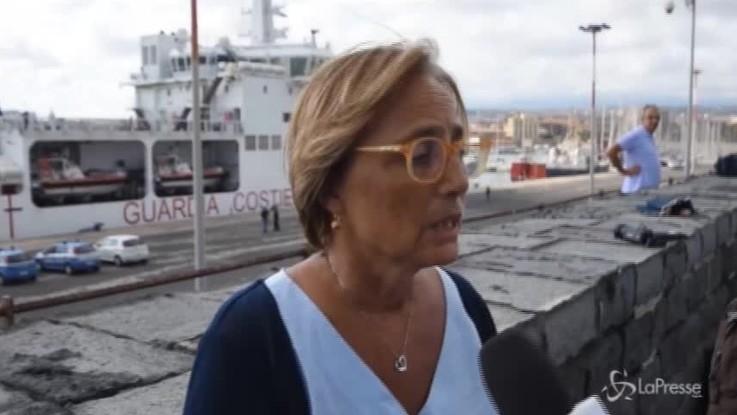 """Catania, Garante dei detenuti scende dalla Diciotti: """"A bordo degrado e violazioni"""""""