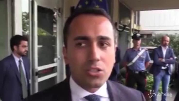 """Migranti, Di Maio: """"Se Ue non ci aiuta blocchiamo i fondi"""""""