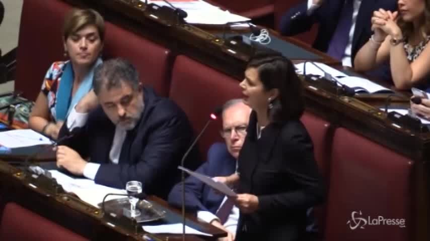 """Boldrini a Salvini su migranti: """"Sta con gli italiani o con gli ungheresi?"""""""