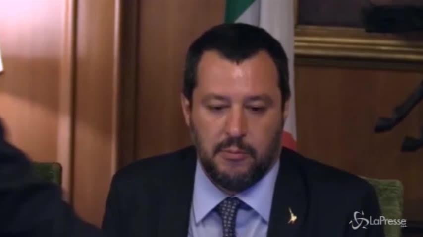 """Salvini: """"Nessun problema con la ministra della Difesa"""""""