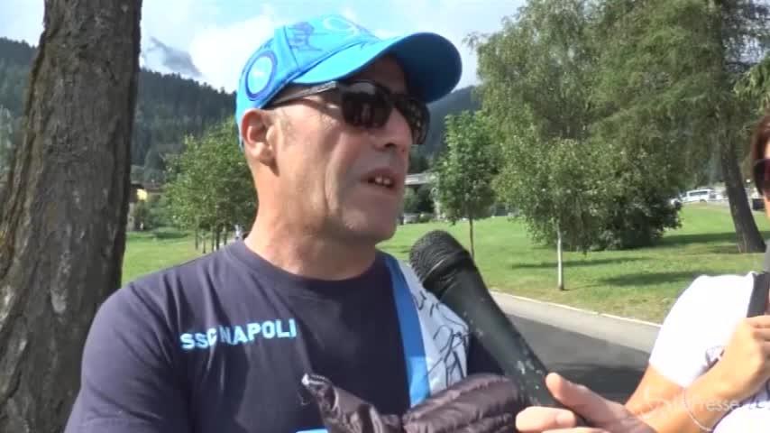 """Napoli, i tifosi a Dimaro: """"La risposta a CR7 è il ritorno di Cavani"""""""