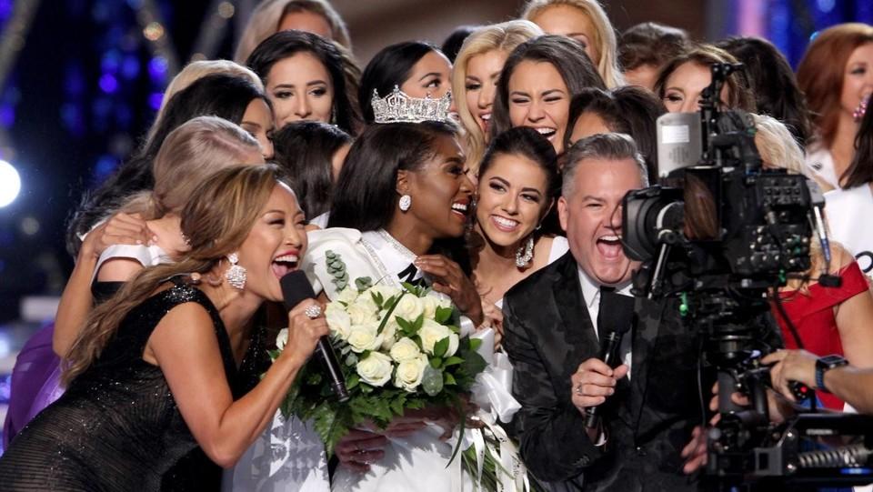 Risultati immagini per Ecco miss Nia Imani Franklin: è lei la più bella d'America FOTO