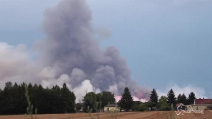 Incendio a 50 km da Berlino